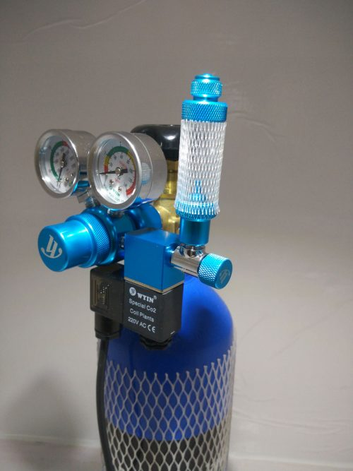 CO2 Cylinder with Dual Gauge Solenoid 1 500x667 - Oceanfree CO2 3 Ltr Cylinder Complete Kit (Dual)